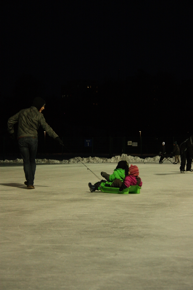 kids on the ice