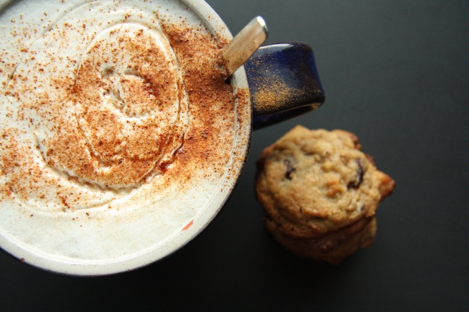 chai latte and spelt cookies 2