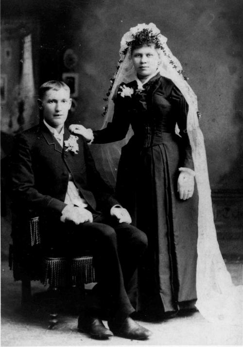 Wedding portrait of Isaac and Ida Anderson