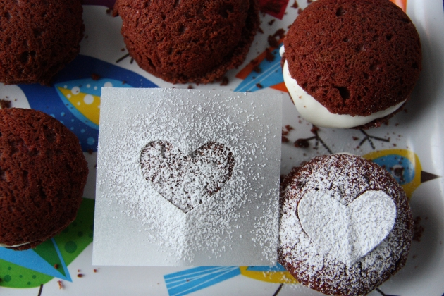 powdered sugar hearts