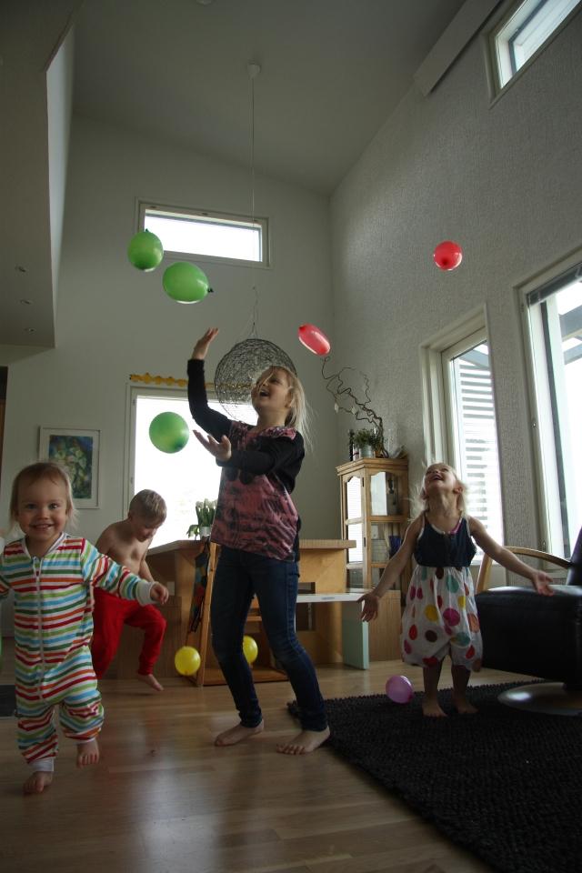 vappu ballons mayday at home